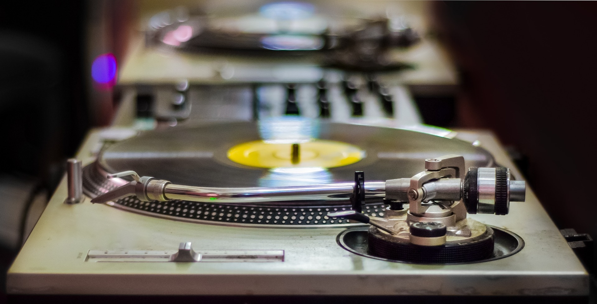 Things to Look For When Selecting a Turntable