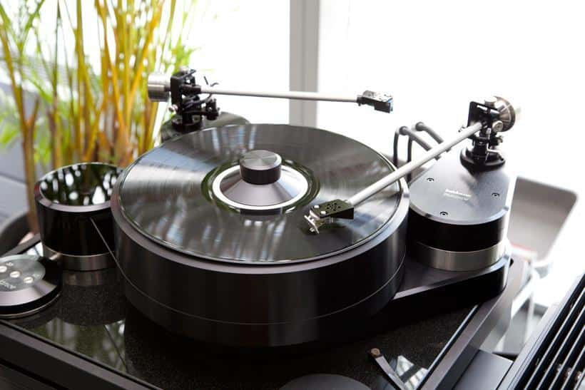 BALANCE OUT THE TONEARM