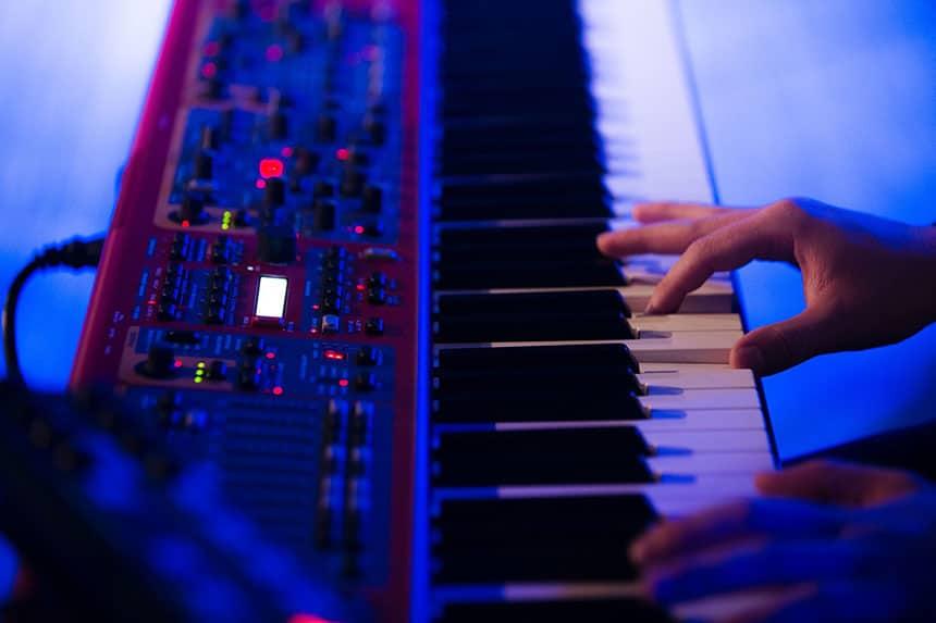 Keyboard vs piano - has more portability than piano