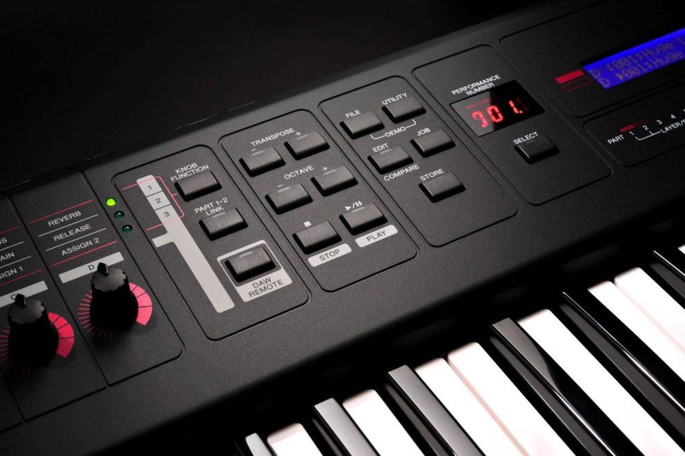 Control Buttons Of Yamaha MX61